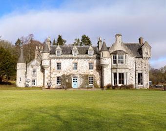 Wardhill Castle Self Catering Accommodation Near Aberdeen